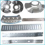 Metalteile des Automobils betätigen