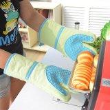 Schwarze Baumwollsilikon-Ofen-Handschuh-hitzebeständige Küche-Handschuhe