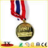 Медаль металла золота с тесемкой