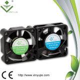 Вентилятор мотора DC вентилятора охладителя скорости PBT воздушного охладителя аппаратуры охлаждающего вентилятора радиотехнической аппаратуры средний с Ce и RoHS