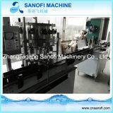 Compléter la machine à laver mis en bouteille de l'eau minérale/eau potable