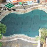 Зеленый сетка безопасности бассейн охватывает