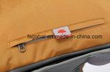 De nouveaux sports de plein air en nylon imperméable Mountain-Climbing sac sac à dos avec un chargeur USB