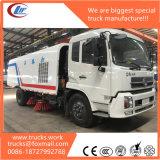 Camion de balayeuse de nettoyage de route de Dongfeng 4*2 de fabrication de la Chine à vendre