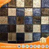 Mosaico di vetro del foglio della scacchiera delle mattonelle lucide dorate della parete (G848015)
