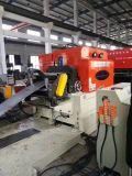 El esconder y carrocería que forman la línea para los cilindros de gas del LPG