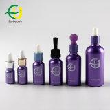 Revestimiento de color púrpura la botella de cristal con gotero