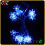 Día de fiesta ligero con pilas del azul de hielo del AA LED al aire libre