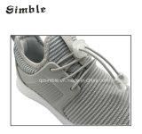 Chaussures de course de sports sportifs de gosses d'enfants de nouvelles avec le haut de Flyknit