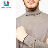 남자의 회색 자라목 스웨터 긴 소매 니트 잠바