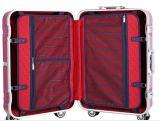 車輪のトロリー荷物が付いているトロリー走行袋の搭乗の荷物