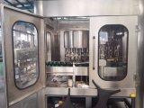 Máquina de rellenar del alcohol de la botella de cristal