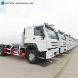 Sinotruk 20cbm-30cbmは石油タンカーのトラックに燃料を補給する