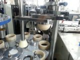 Copo de papel do único PE descartável que dá forma ao sistema de aquecimento da máquina
