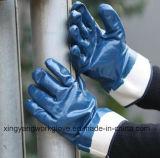 O nitrilo revestiu as luvas resistentes do trabalho do inverno (N016)