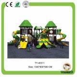De kleurrijke Plastic OpenluchtApparatuur van de Speelplaats, De Speelplaats van het Pretpark