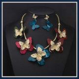 Neues Feld-Blumen-Harz-Acrylform-Ohrring-Halsketten-Schmucksache-Set