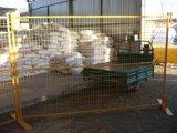 1830mm X2950mm quadratische temporäre Sicherheitszaun-Panels der Rohr-25mm X25mm