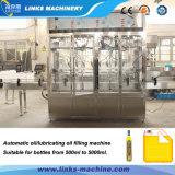 Автоматическое смазывая масло обрабатывая разливая по бутылкам заполняя линию