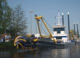 Deiselエンジンを搭載する油圧カッターの吸引の浚渫船
