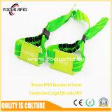 Precios baratos de Pulsera tejida de RFID para la exposición evento con logotipo impreso