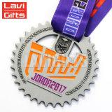Medallones de níquel negro de metal personalizados con la medalla de cinta personalizada