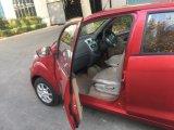 A la derecha/izquierda 4 de 5 de la puerta eléctrica del asiento del coche/moto con alta velocidad configurada con las baterías de litio