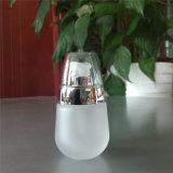 botella de cristal cosmética blanca helada 30ml de la loción con la bomba de plata brillante y el casquillo plástico claro