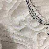 큰 자카드 직물에 의하여 뜨개질을 하는 직물 또는 매트리스와 베개 덮개 직물