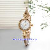 Montres-bracelet faites sur commande de Digitals de mode de montre de montre-bracelet de quartz (WY-010A)