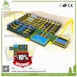 トランポリン公園のDodgeballの極度なゲーム、卸し売りトランポリン公園装置