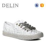 Alta qualidade de fábrica OEM Lace Up calçado vulcanizado, sapatos confortáveis para as mulheres