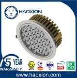 O diodo emissor de luz ilumina-se para baixo