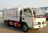 Dongfeng petites 4 tonnes d'ordures de compresse du camion 4 de m3 d'ordures de camion de compacteur
