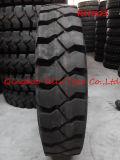 Industrieller Nylongruben-Gummireifen 650-16 700-16 825-16 750-16 vom Reifen-Hersteller