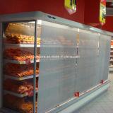 Ciechi trasparenti di notte per la vetrina di refrigerazione del supermercato