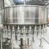 Pianta di coperchiamento di riempimento di lavaggio della macchina di 500ml 1500ml dell'acqua pura automatica della bottiglia con il sistema di trattamento dell'acqua potabile di osmosi d'inversione