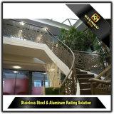 カスタム現代様式のステンレス鋼のステアケースのBaluster