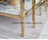 황금 색깔 아름다운 대리석 옆 테이블 세트