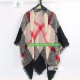 Heiße Verkaufs-Spanien-Dame Fashion Cashmere Square Scarf mit Plaid-Schal