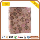 Blumen-Muster-Kraftpapier-Bekleidungsgeschäft-Form-Geschenk-Papierbeutel