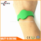 Silicium T5577 sans contact programmable/bracelet en plastique d'IDENTIFICATION RF
