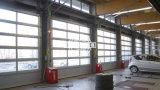 Электрический алюминиевый ПК прозрачный вид в разрезе гаражных дверей