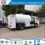 Mini 4X2 mobile camion de distribution Bobtail de LPG de 5500 litres pour le remplissage de cylindre