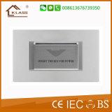 Introduzir o cartão para o interruptor elétrico da potência com certificado do Ce