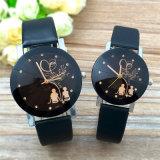 最小主義の標準的な水晶腕時計学生のカップルの流行の尖塔ガラスベルトの水晶腕時計の恋人の偶然の簡単なクロック時間V413
