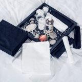 Disponível em preto e branco de beleza toalha por grosso