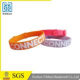 Дешевый выдвиженческий изготовленный на заказ Wristband силикона логоса