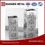 Kleines Vierecks-MetallEdelstahl-Tisch-Blumen-Vasen-Dekoration-vorzügliches gebildet