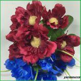 Fiori falsi dei girasoli artificiali poco costosi per la decorazione domestica
